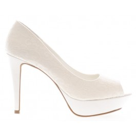 Uma encaje zapato de novia blanco roto