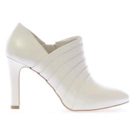 Henar botín de novia blanco roto