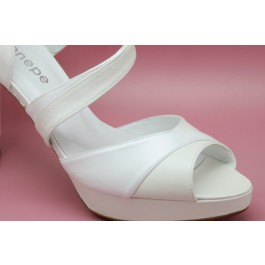 Renata zapato de novia: blanco roto