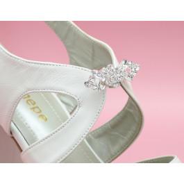Hilda sandalia de novia con pedrería, plataforma y tacón ancho