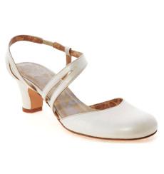Marta zapatos de novia: blanco roto