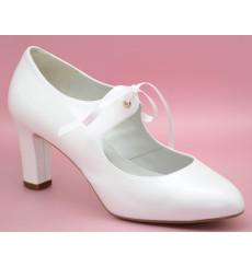 Montse zapatos de novia