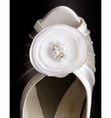 A_107 Flor de raso con perlas y pedrería: broche para zapatos, shoe clip