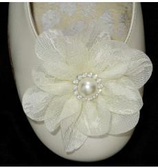 A_74 Flor de encaje con perla y pedrería adorno para zapatos
