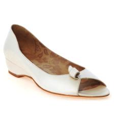 Flora zapatos de novia