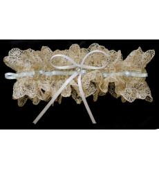 Liga de novia con encaje de hilo marfil oscuro, pedrería y tira azul