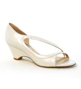 Neus zapatos de novia