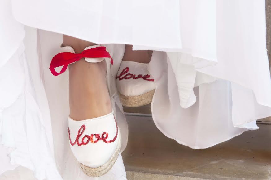 c267e0a5 Cuñas, esparteñas o alpargatas de novia: comodidad y estilo en el ...