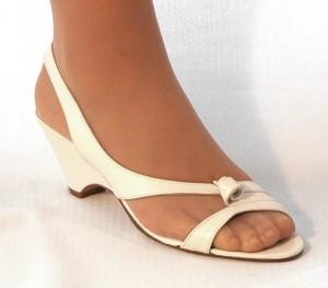 zapatos de novia de tacón bajo