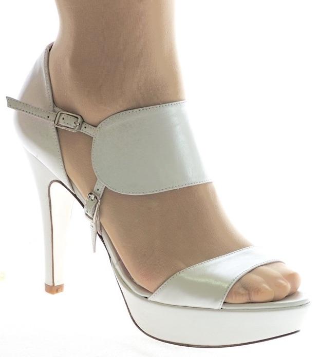 zapatos de novia y de fiesta | enepeneus peña