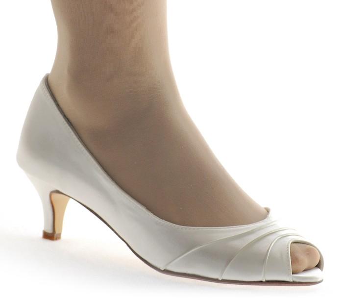 bodas en septiembre: ¿qué zapatos me pongo? te damos ideas | enepe