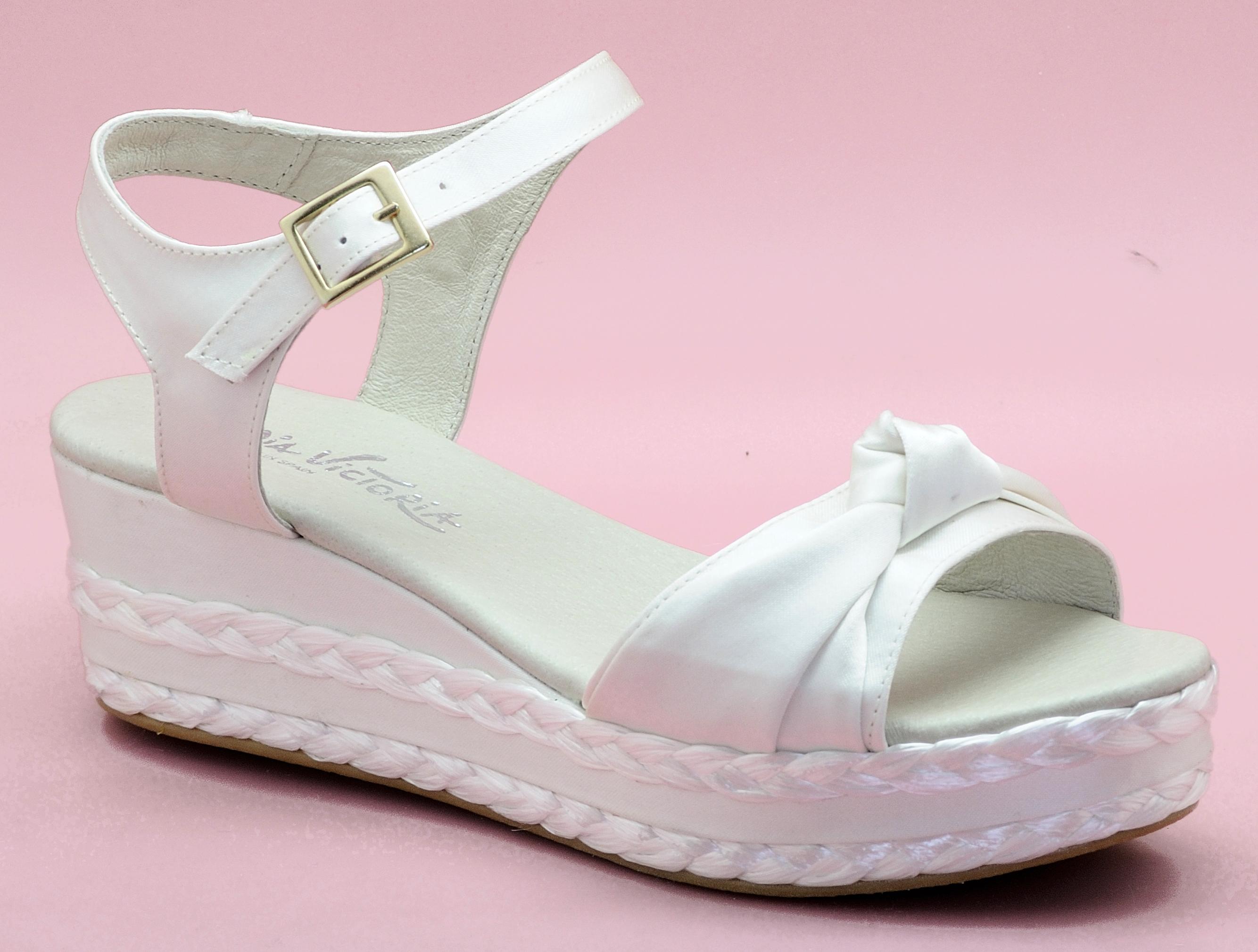 Zapatos de novia cómodos - Modelo Aída - Cuña altura media